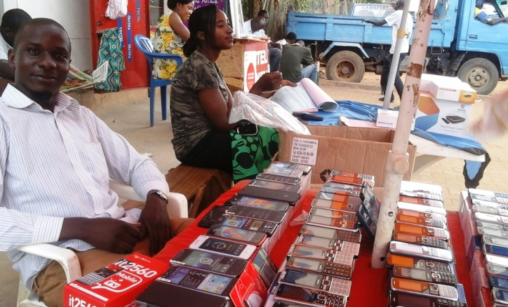Need a new phone. Uganda has many small phone shops to serve you.