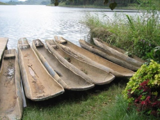 dug out canoes in western Uganda