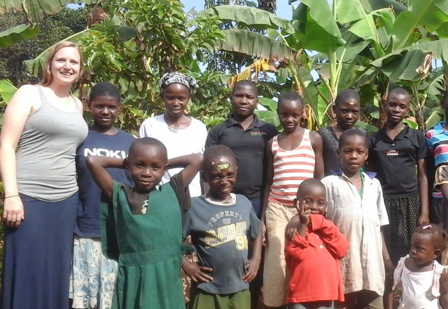 Volunteer in Africa, live and work at a boarding school. Complete cultural immersion!